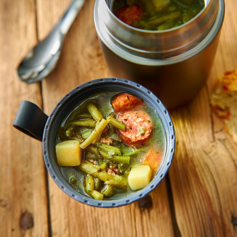 Der Lurch Iso-Pot hält dein Essen stundelang heiß oder kalt