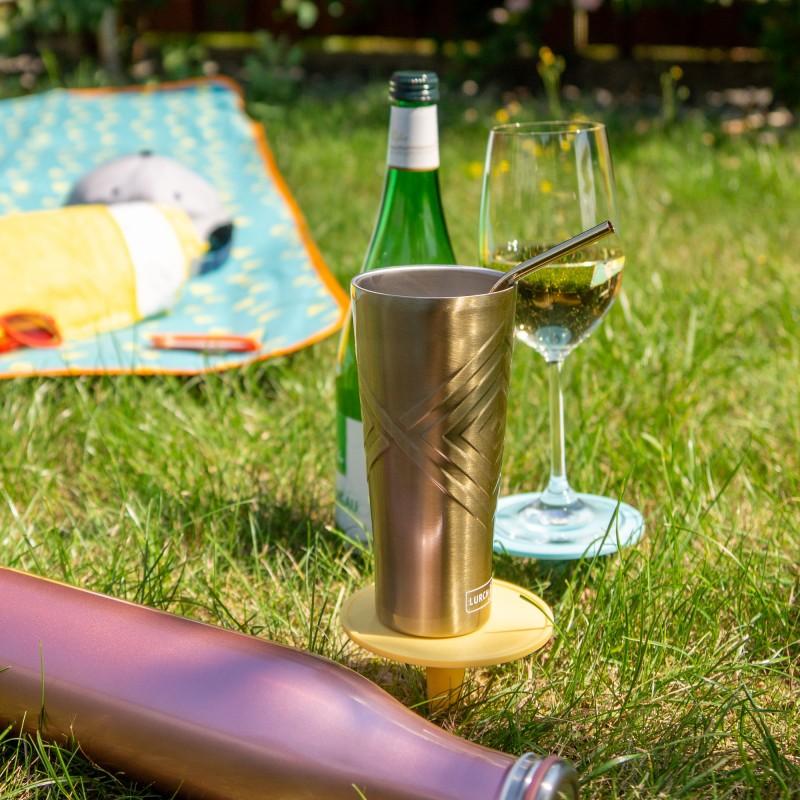 Lurch Picknickdorn sorgt für festen Stand von Glas, Becher und Flasche